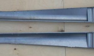 3658261 Running boards Export Sept. 1951 to March 1953