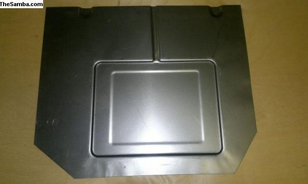 5063656 Battery tray section for 8_55 up