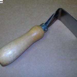 5847638 Tool for headliner assembly