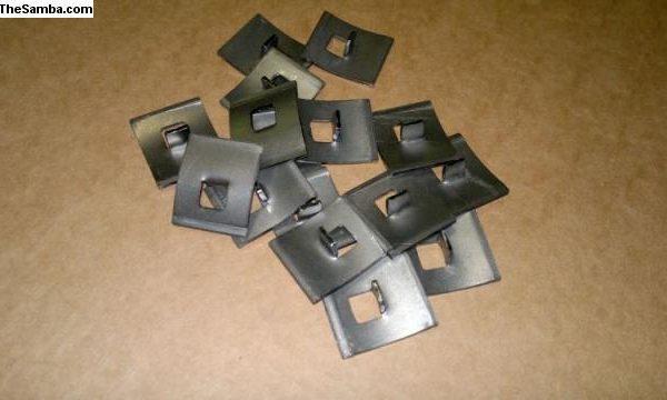 6023878 Split 51-53 clips for running board molding